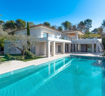 Villa in Mougins